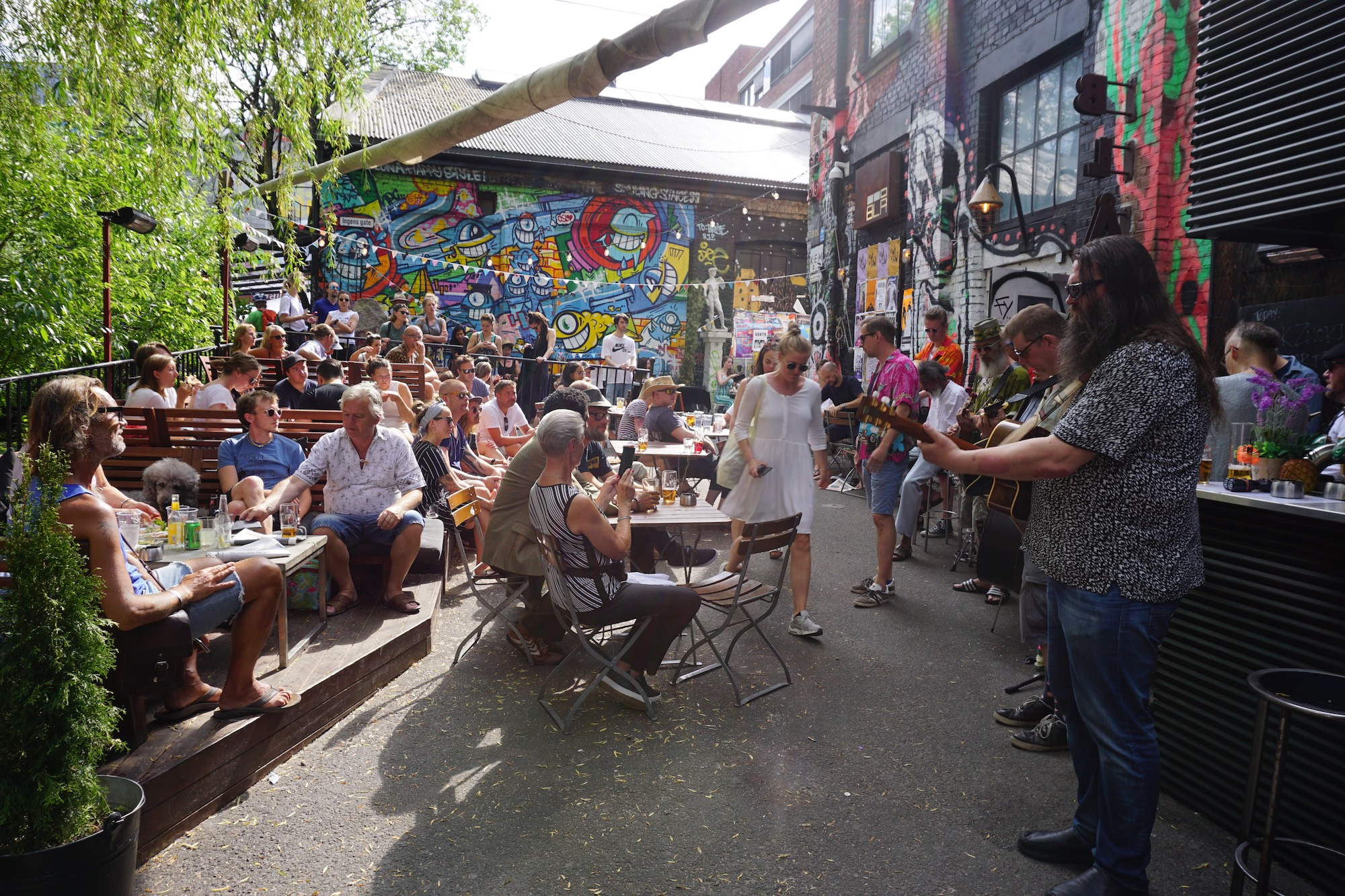 Free music concerts on Sunday afternoons at Blå.